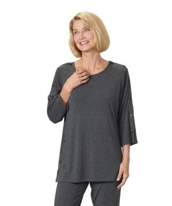 Unisex Adaptive Post-Surgical Top With Snaps