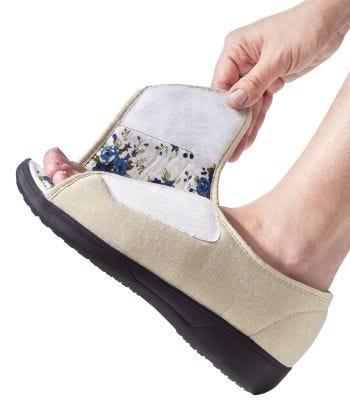X-Wide Velcro Lds Ajt Open Toe Sandal in Beige