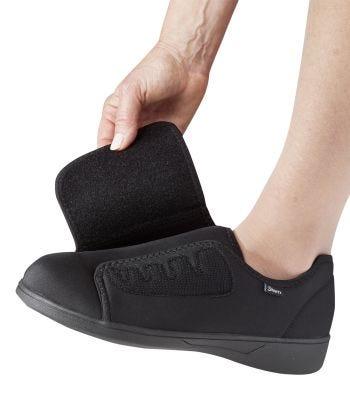 Ultra Comfort Flex Neoprene Wide Shoe in Black