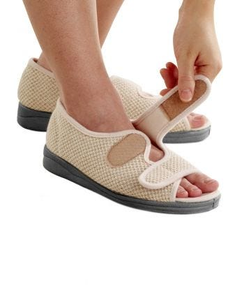 In & Outdoor Easy Closure Sandals in Natural
