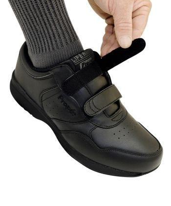 Wide Propet Shoes for Men